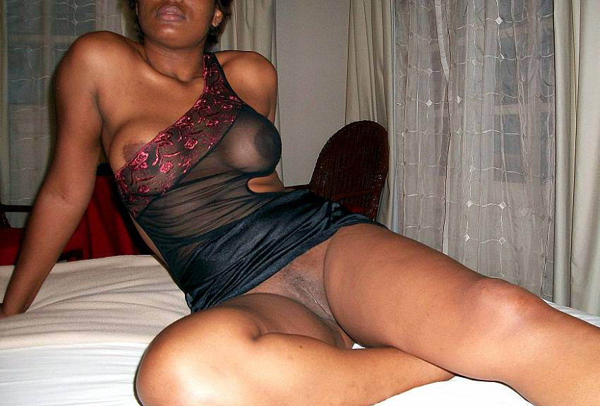 Sexy nude black girls in the hood